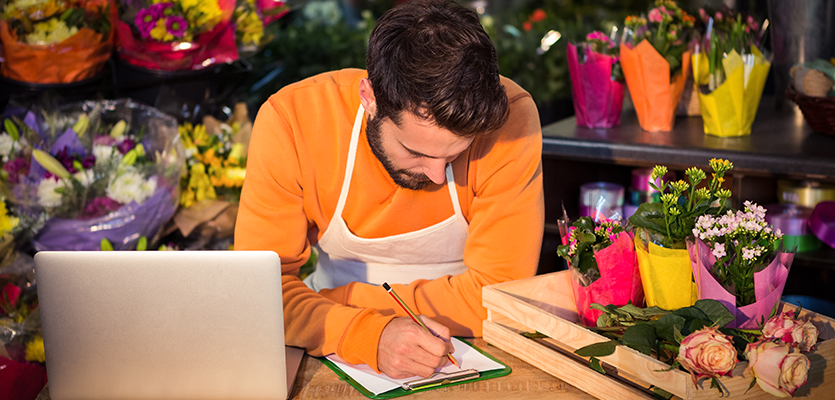 Florist writes blog to sell courses online